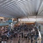 九大と富士通研究所、福岡空港混雑緩和へ数理技術で実証実験