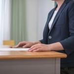 8割以上の教員「今の仕事は楽しい」一方で、仕事時間の平均約11時間