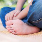 なぜ足の裏の皮が厚いのか、北海道大学が疑問解明